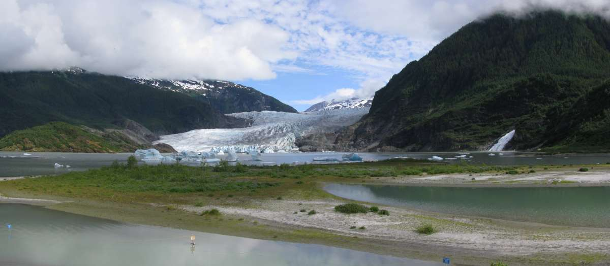 Mendenhal Glacier from the visitors centre